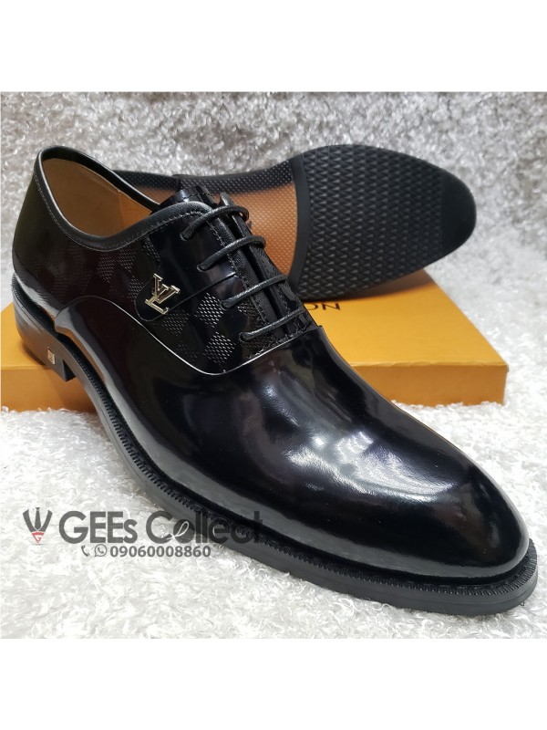 Patent Lace-up Louis Vuitton Shoe